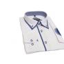 Modna koszula męska SLIM biała z niebieskimi łatami i kołnierzykiem button down.