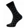 Skarpetki garniturowe eleganckie biznesowe polskie bawełna czarne w biała kratę romby
